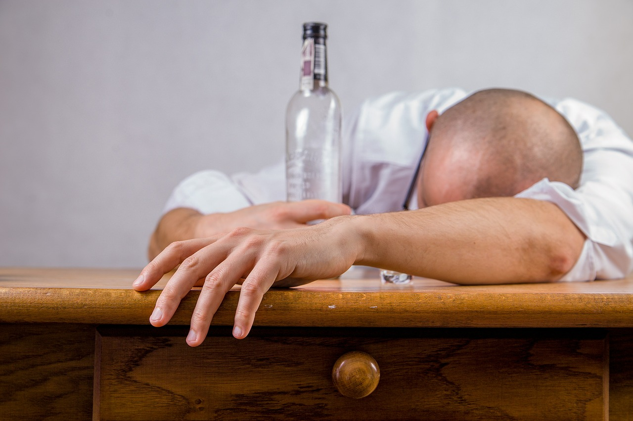 mimpi alkohol