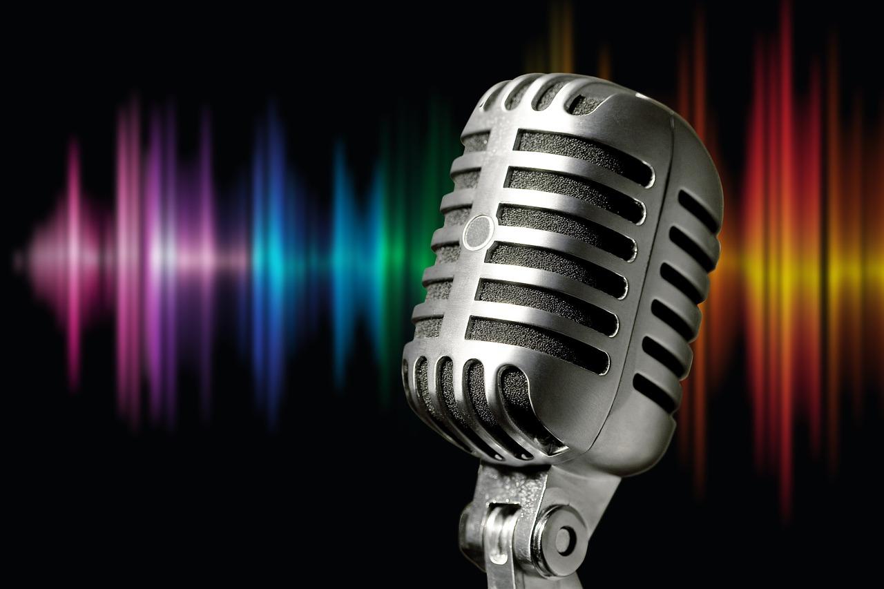 Arti Mimpi Bernyanyi